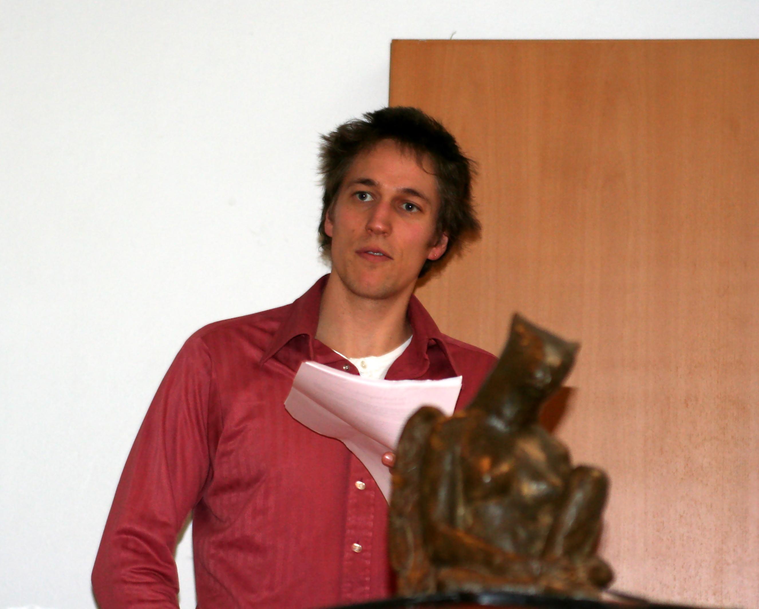 Christian Lollike takker for Kafkatten.